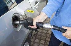 Tác hại của việc bơm nhầm nhiên liệu cho xe ô tô và cách xử lý