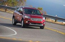 Toyota Fortuner máy dầu số tự động và Ford Escape vẫn chưa về Việt Nam?