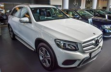 Ảnh thực tế Mercedes-Benz GLC 200 mới tại đại lý chính hãng