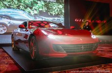 Ferrari GTC4Lusso trình làng tại Philippines