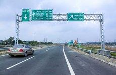 Có được dừng đỗ trên đường cao tốc?