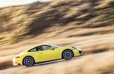 10 mẫu xe hơi tại Mỹ ''mua về chỉ để ngắm''