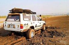 Dụng cụ đơn giản giải cứu ô tô bị sa lầy