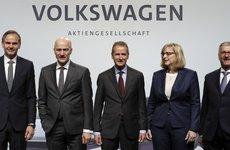 Volkswagen bị chỉ trích nặng nề sau khi CEO Audi bị bắt