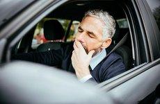Mẹo chống cơn buồn ngủ khi lái xe ô tô cực kỳ hữu hiệu