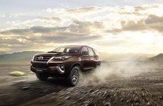 Giá lăn bánh Toyota Fortuner 2018 mới nhất sau khi tăng giá tại Việt Nam