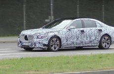 Mercedes S-Class 2020 bị bắt gặp chạy thử với đèn pha mới