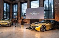 BMW i3 và i8 Starlight Edition – Xe sang mạ vàng siêu chảnh