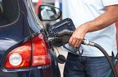 Đổ xăng ô tô đúng cách là như thế nào?