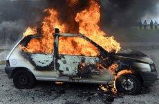Tổng hợp những tác hại chết người khi để ô tô dưới trời nắng