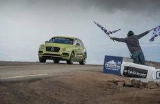 Bentley Bentayga phá vỡ kỷ lục đường đua Pikes Peak