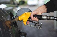 Tổng hợp các cách rút nhiên liệu khỏi ô tô
