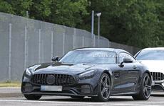 Mercedes-AMG GT facelift bất ngờ xuất hiện, hấp dẫn hơn phiên bản gốc