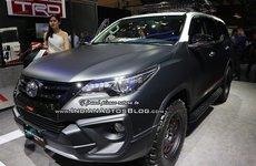 Toyota Fortuner TRD Matte Dual-Tone khoe sắc GIIAS 2018