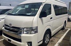 Toyota Hiace 2018 giá 1 tỉ đồng nhập khẩu Thái Lan cập bến Việt Nam