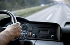 8 kinh nghiệm lái xe ô tô đường dài an toàn