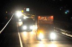 Lý do đường cao tốc thường không có đèn chiếu sáng