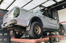 Vừa về Việt Nam, Ford Ranger Raptor đã được chủ cho đi 'thẩm mỹ'