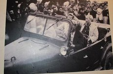 Mẫu xe ô tô từng được Bác Hồ sử dụng: Có Peugeot và chiếc xe lịch sử 2/9/1945