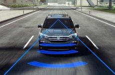 Các tính năng an toàn chủ động trên xe ô tô hoạt động như thế nào?