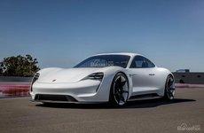Phần lớn người đặt mua Porsche Taycan đều sở hữu xe Tesla