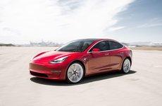 Tesla Model 3 đạt ngôi vương xe hạng sang bán chạy nhất tại Mỹ năm 2018