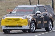Toyota Highlander thế hệ mới xuất hiện với ngoại hình giống RAV4