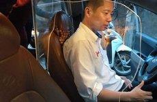 Lắp khung cứng trên xe để bảo vệ tài xế có bị xử phạt?