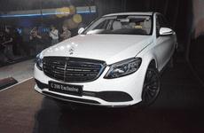 Cận cảnh mẫu Mercedes-Benz C200 Exclusive 2019 vừa ra mắt Việt Nam