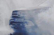 Mercedes-Benz GLC-Class 2019 lội nước trong teaser mới