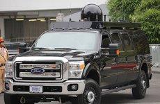Bí mật về quả cầu đen trên nóc xe hộ tống Tổng thống Trump