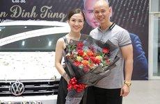 Sau Văn Lâm, ca sĩ Phan Đinh Tùng cũng vừa tậu xe Volkswagen Tiguan Allspace 2019
