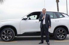 Bên cạnh tỷ phú Phạm Nhật Vượng còn nhiều Chủ tịch khác sử dụng xe của công ty mình làm ra