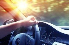 Gợi ý các phụ kiện ô tô tiện lợi đối phó nắng nóng