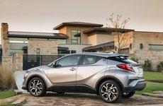 Toyota C-HR 2019 bản Mỹ giảm giá, chào hàng từ 488 triệu đồng