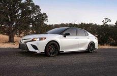 Toyota Camry trình làng phiên bản Black Sport V6 đậm chất thể thao