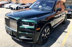 """Rolls-Royce Cullinan màu xanh rêu """"độc nhất vô nhị"""" sắp cập bến Việt Nam"""
