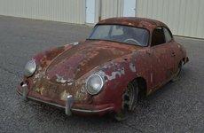 Porsche 356 'cổ, nát' được chào giá 2 tỷ đồng