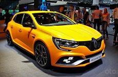 Renault Megane R.S. nhá hàng chờ ngày ra mắt Malaysia
