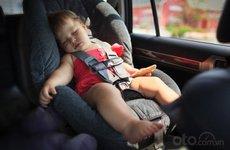 10 thứ không nên bỏ quên trong xe ngày nắng nóng