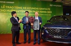 Hết Thaco, giờ đến lượt Hyundai Thành Công tặng xe cho HLV Park Hang Seo
