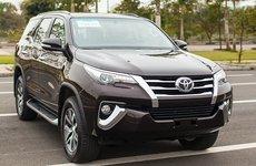 Toyota Fortuner vẫn thống trị phân khúc SUV 7 chỗ tháng 3