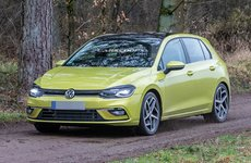 Volkswagen Golf tạm hoãn ra mắt vì gặp lỗi vặt