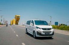 Đánh giá xe Peugeot Traveller 2019: Nội thất thương gia sang trọng