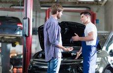 Thợ sửa ô tô móc túi khách hàng bằng cách nào?