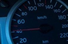Lái xe chậm giúp tiết kiệm nhiên liệu?