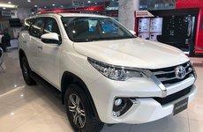 Liên tục rớt hạng xe bán chạy, Toyota Fortuner giảm giá tại đại lý đẩy doanh số?