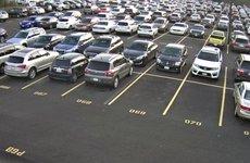 Đỗ xe ô tô head-in hay head-out mới đúng?
