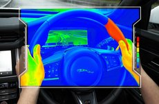 Jaguar Land Rover giới thiệu vô-lăng cảm biến nhiệt hỗ trợ lái