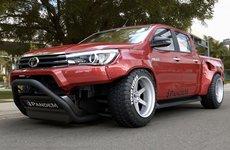 Toyota Hilux 2019 độ Pandem cực ngầu